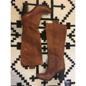L'autre Chose heeled brown boots